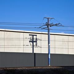 Fil entropie (Gerard Hermand) Tags: 1610164907 gerardhermand france paris canon eos5dmarkii formatcarr fil wire ombre shadow tramway ciel sky bleu blue