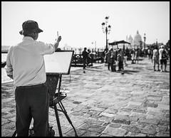 artist at work (Lukas_R.) Tags: leica q typ116 28mm f17 artist venedig venecia venezia street bw look city travel europa