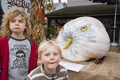 Eagle pumpkin and weirdos (grilljam) Tags: pumpkinfest damariscotta autumn october2016 ewan 7yrs seamus 4yrs eagle pumpkin