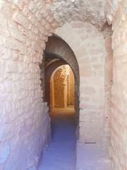 Castello di Monastir, Tunisia (Elena Scortecci) Tags: monastir tunisia tunisie castello castle door porta passaggio passage mura wall maghreb prospettiva perspective arco arch