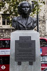 Violette Szabo & SOE Memorial, London (IFM Photographic) Tags: img2716a canon 600d ef2470mmf28lusm ef 2470mm f28l usm lseries london londonboroughoflambeth lambeth violetteszabosoememorial violetteszabo soe specialoperationsexecutive karennewman