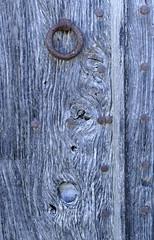 VILADEMI - IGLESIA Y DETALLES (beagle34) Tags: puerta iglesia girona porta catalunya detalles esglesia detalls pladelestany vilademuls vilademi panasonicfz1000