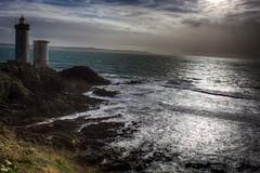 Breizh at Brest (Un regard en photo - Pierre Photos) Tags: blue light mer lighthouse december bretagne côte breizh hour brest phare sentier rocher minou heure bleue decembre 2013 bretonnes