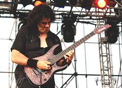 Saratoga - Leyendas del Rock (Crowley Groot) Tags: music festival rock metal shot guitar live saratoga guitarra tony musica heavy hardrock hernando directo atittude actitud