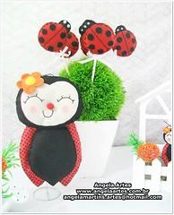 Abelha e Joaninha em feltro (angela_artes) Tags: feltro festa decoração joaninha lembrancinha abelhinha centrodemesa jardimencantado joaninhaemfeltro festajardim angelaartes