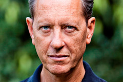 Richard E. Grant to present live cinema relay of Andrea Chénier on 29 January 2015