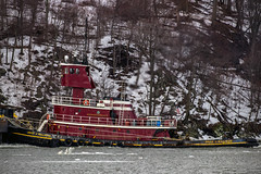 IMG_5149_edited-1w (12knots) Tags: tugboat hudsonriver tug
