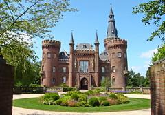 Morgen besuchen die Kindergartenkinder ............................. Schloss Moyland ... (Kindergartenkinder) Tags: schloss moyland kindergartenkinder