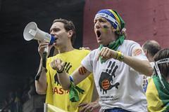 Protestos - 15/03/15 (alnero) Tags: brazil people brasil pessoas sopaulo crowd sp government pt corrupo masp avenidapaulista fotojornalismo protesto governo multido protestos dilma alneropix wwwalneropixcom