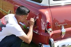 1954 Plymouth gets pinstripes (bballchico) Tags: artwork plymouth 1954 artists santamaria carshow pinstripe stationwagon pinstriper cruisinnationals westcoastkustomscruisinnationals