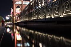 New York New York hotel, Las Vegas (Peter Connell) Tags: lasvegas newyorknewyork reflections water citylights night cityscape