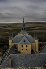 Alcazar of Segovia - Alczar de Segovia (RobertoHerreroT) Tags: alcazar segovia castillo castle monument monumento espaa spain europa europe castillayleon castilla robertoherrerotardon art sky cloudy