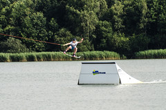 High speed wakeboarding (3) (John de Grooth) Tags: wakeboard wakeboarden highspeed spetterend ermerstrand recreatie watersport spanning tension