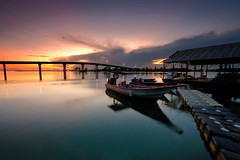 Off day (nGkU Li) Tags: ngkuli nature malaysia morning fujifilm theworldisbeautiful xpro2 water boat sunrise tokbali