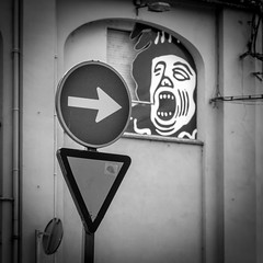 'Avin a Larf [explored] (BazM:Photog.......:-)) Tags: fun funny humour humor laugh havingalaugh larf laff face arrow pointing round triangle trafficsigns blackwhite bazmatthews giveway rightturn explore inexplore explored
