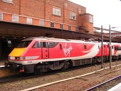 Class 91, 91124 (mike_j's photos) Tags: york trains virgin eastcoast class91 91124