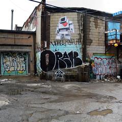 quickage-DSC_0390-DSC_0391 v2 (collations) Tags: toronto ontario graffiti globe glare gh orek ghcrew lovebot oreks