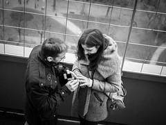Parigi 104c (Valerio Lorusso) Tags: blackandwhite bw paris love bn ring toureiffel torreeiffel amore biancoenero parigi anello gustaveeiffel dichiarazione