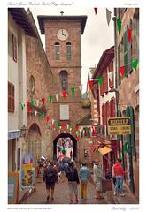 Saint-Jean-Pied-de-Port (BerColly) Tags: street france town google flickr rue ville paysbasque mipy saintjeanpieddeport bercolly