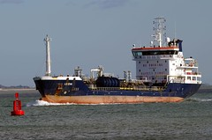 Tanker LS Eva (David Blandford photography) Tags: eva solent esso ls calshot fawley southamptonwater