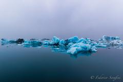 """Islanda2014-34 (Federico """"Jäger"""" Serafini) Tags: bw ice beach stars iceland rocks skylight falls aurora iceberg laguna rocce artic bianco nero viaggio spiaggia vulcano borealis artico stelle ghiaccio godafoss cascate islanda faraglioni boreale basalto fumarole glaciale fotocorsi"""