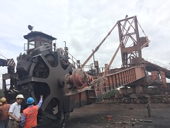 (Yazed Lord) Tags: self steel plant stacker reclaimer coal pile yellow helmet conveyor orange black cooper
