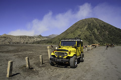 Yellow car (narenrit) Tags: yellow rail sand mount sky horse fog mist dry travel tour people top hill