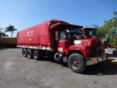 Mack R (RD Paul) Tags: truck puerto dominicanrepublic camion plata trucks mack santodomingo camiones repúblicadominicana sindicatodecamioneros fenatrado