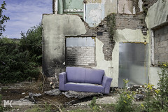 Couch. Surfing. (Michael Kirkham - Photographer) Tags: couch surfing couchsurfing birkenhead merseyside tranmere derelict urbandecay urban abandoned purple bright light love old lost found