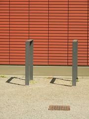 Cubic - Kubisch (eckbert.sachse) Tags: red white brick rot architecture germany deutschland grey design pattern parking grau architektur must weiss backstein clinker 2016 fahrradstnder klinker freieundhansestadthamburg freeandhansatownofhamburg