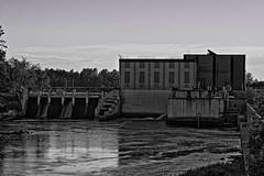 Blandin Dam (TwinCitiesSeen) Tags: dam mississippiriver grandrapids minnesota twincitiesseen canont3i tamron2875mm blackandwhite