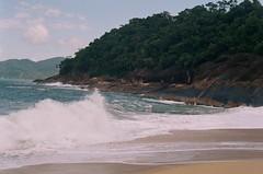 Ubatuba (luluferrari) Tags: film beach landscape nature natureza brasil ubatuba waves sea ocean