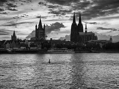 Cologne Sky (WrldVoyagr) Tags: köln cologne deutschland gm5 roadtophotokina lumix photowalk germany panasonic nordrheinwestfalen de