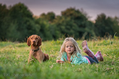Chilla & Ava, camping at Manor Farm, Upton Cheyney (T J G photography) Tags: nikkor 2016 d610 manor farm chillifarm portrait nikon 200mm campsite manorfarm sky 70200 uptoncheyney upton cheyney dog chilla vizsla