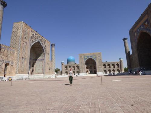 "Der Registan in Samarkand • <a style=""font-size:0.8em;"" href=""http://www.flickr.com/photos/144983949@N02/29202985084/"" target=""_blank"">View on Flickr</a>"