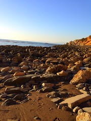 Walking around shipwreck hike Palos Verdes Estates, California. #Palosverdes #California #hiking #trails #rocks #hill #dirt #outdoors #pacificocean #cliffs #water #ocean (Jordon Papanier) Tags: palosverdes california hiking trails rocks hill dirt outdoors pacificocean cliffs water ocean