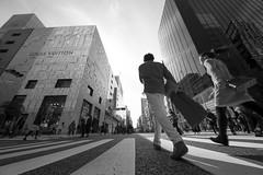 LV (ajpscs) Tags: ajpscs japan nippon  japanese  tokyo  nikon d750 streetphotography street seasonchange fall autumn aki   shitamachi summer monochromatic grayscale monokuro blackwhite blkwht bw blancoynegro blackandwhite monochrome ginza branded lv louisvuitton
