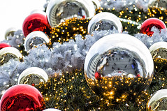 Christmas in the city - Reflects (dominique cappronnier) Tags: christmas city reflet reflect ville