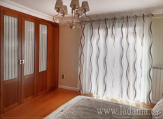 "Cortinas de Dormitorio con barra y ollaos • <a style=""font-size:0.8em;"" href=""http://www.flickr.com/photos/67662386@N08/15650332011/"" target=""_blank"">View on Flickr</a>"