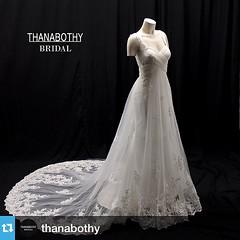 #Repost @thanabothy with @repostapp.・・・พบกับ THANABOTHY เสื้อผ้าไลน์ใหม่ของห้อง EMOTIONS ATELIER สำหรับลูกค้าที่ต้องการชุดแต่งงาน ในราคาที่ไม่แพง แต่คุณภาพสุง ภายใต้การดูแลและออกแบบโดยทีมงานของห้องเสื้อ EMOTIONS ATELIER  สอบถามเพิ่มเติมได้ที่ 02 938 2671,