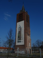 Tower former Sint-Jozef (1941) Eindhoven (Stratum) (Kvnivek) Tags: tower church netherlands sony cybershot eindhoven kerk noordbrabant