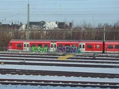 EIS  EMON (mkorsakov) Tags: train graffiti zug bahnhof colored piece sbahn eis tagging hbf dortmund bunt emon oldschooltrain