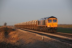66758 - Middle Road, March 02/02/15 (James Welham) Tags: road march towers middle peterborough paa middleton gbrf 66758 6l98