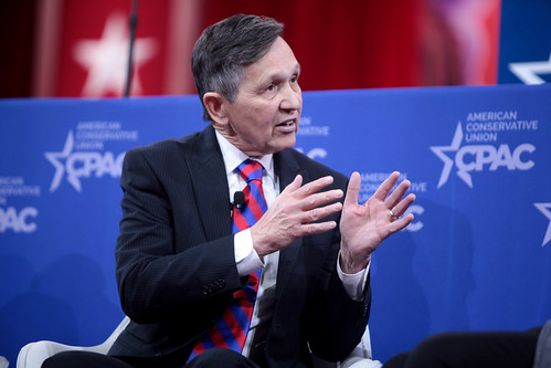 From flickr.com: Dennis Kucinich {MID-258650}
