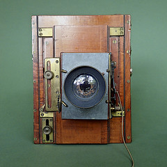 Mackenstein Chambre Noire Serie II A 1896   3 (heritagefutures) Tags: camera wood paris french angle grand basel brass chambre 112 serial n noire 1896 n2 1528 aplanat mackenstein lrenaux serieiia