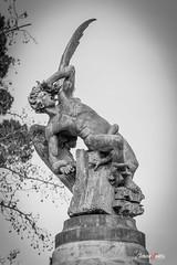 El ngel cado (I) (adrivallekas) Tags: madrid wallpaper blackandwhite sculpture blancoynegro statue angel canon spain 666 bn devil drama retiro b6w parquedelretiro angelcaido 70d elangelcaido canon70d