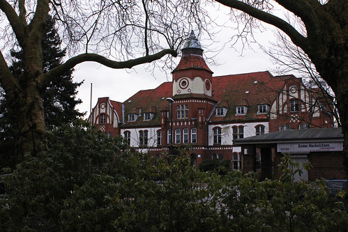 "Altes Militärkrankenhaus Kiel • <a style=""font-size:0.8em;"" href=""http://www.flickr.com/photos/69570948@N04/16739736921/"" target=""_blank"">Auf Flickr ansehen</a>"