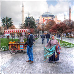 (2324) Istanbul (Turkey) (QuimG) Tags: people architecture turkey arquitectura gente olympus istanbul gent specialtouch quimg quimgranell joaquimgranell afcastell obresdart