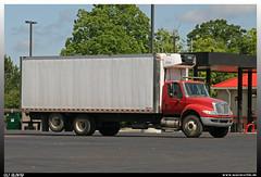International Durastar (uslovig) Tags: truck lorry camion lkw lastwagen laskraftwagen laster international durastar conventional haube usa carrier supra morgan 3 three drei axle achsen louisiana cooling body box khlaufbau