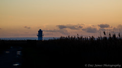 Uskmouth Lighthouse setting sun (1) (Daz James Photography) Tags: lighthouse uskmouth newportwetlands uskmouthlighthouse